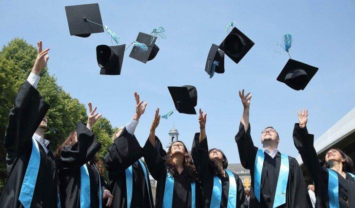 Convênios com faculdades